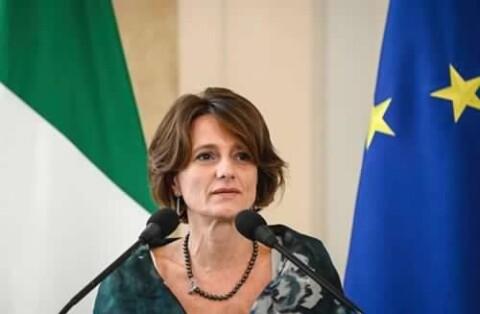 La Ministra Bonetti a sostegno della natalità